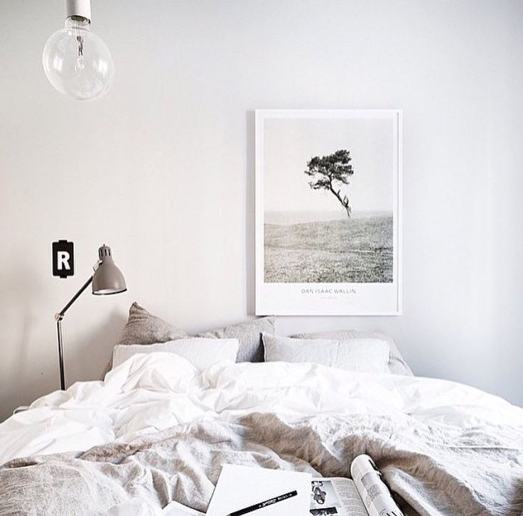 Neutral relaxed bedroom style