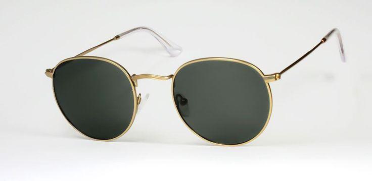 Gafas de Sol #HUGO CONTI 6604/DOARAS/BLACK  Una mezcla entre estilo aviador y años 60. Las Hugo Conti 6604 con sus lentes más redondeadas están diseñadas para todo tipo de público, ideales para proteger tu vista gracias a sus lentes polarizadas o sólo como complemento.