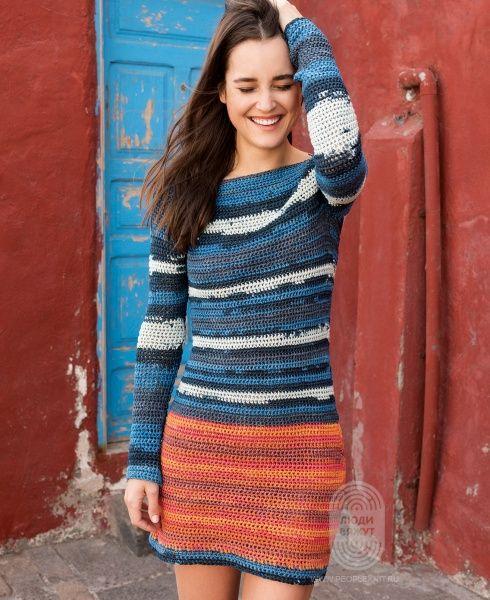 Яркое мини-платье, связанное крючком, схема вязания на сайте Люди Вяжут