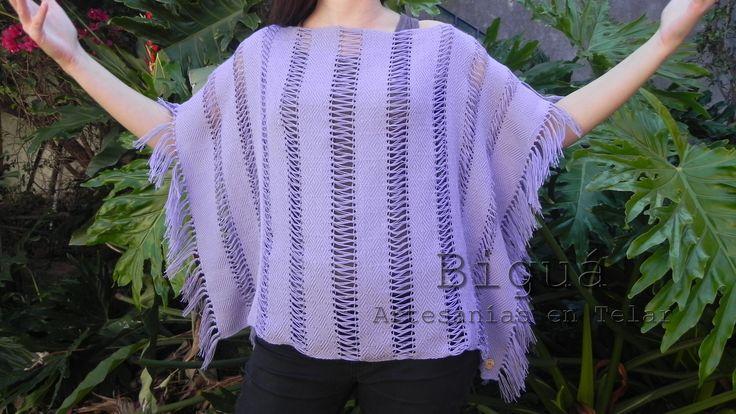 Túnica estilo poncho, tejida a telar con hilo de algodón y vainillas. Pieza obligada para el verano.