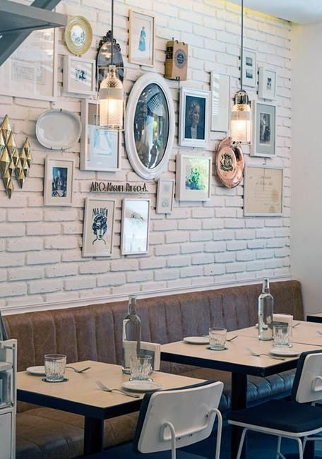 Modern Wall Decorating Ideas Showing Off Artistic Side Of Small Restaurant  In Mexico