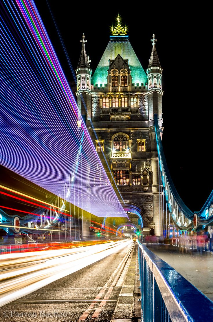 Tower Bridge, London, with trailing Lights -Extra Hint: Double click on the photo to get or sell a travel itinerary to London