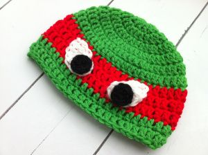 TMNT crochet hat. I have to learn how to make one of these for Cameron.