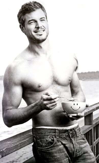 Eric Dane.   This is why they call him McSteamy!