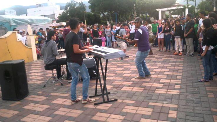 La gran pista de Dios - Flashmob Amatitlán
