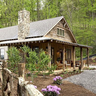 Natural materials, such as poplar bark, locust tree columns, and salvaged barn roofing, add to the indigenous look.