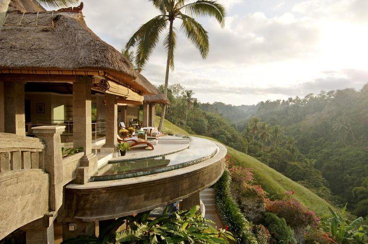 El Viceroy Bali, de 5 estrellas, se encuentra en las montañas de Ubud y ofrece villas de lujo con piscina privada y vistas al río Petanu.
