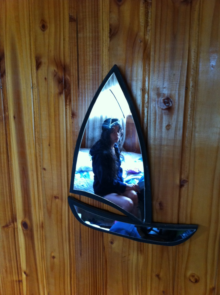 Sailing boat shaped mirror my photos pinterest for Mirror yacht