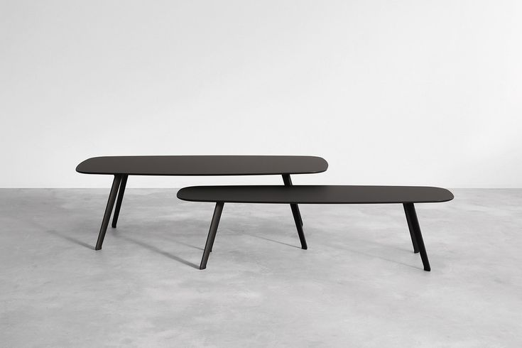 The new Solapa tables made of black Fenix are the new addtion to the STUA collection SOLAPA: www.stua.com/design/solapa Jon Gasca design