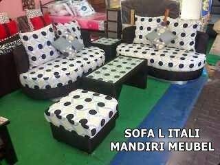 sofa minimalis,clasik dan moderen: Sofa Modern L Itali