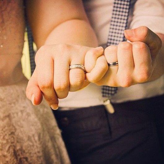 11 Unique and Romantic Wedding Photo Poses