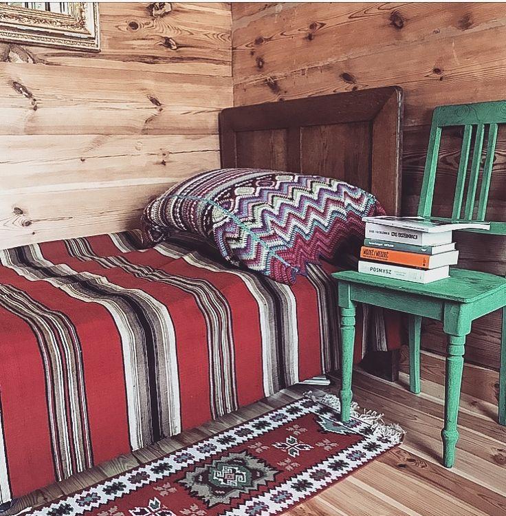 Country style interior boho style interior folk inspiration bedroom polish folk style