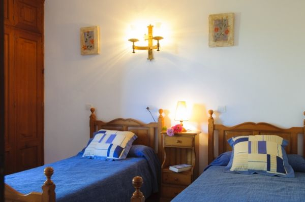 house-rotes-bedroom