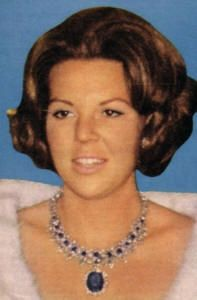 Sapphire Parure Necklace Tiara worn as a neckace with large sapphire pendant by HM Queen Beatrix of the Netherlands