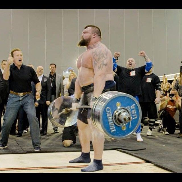 "Eddie Hall?! ""WORLD RECORD DEADLIFT 462KG INFRONT OF ARNOLD SWCHARZNEGGER…"