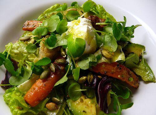 O salată de avocado te ajută să-ți scazi nivelul de trigliceride