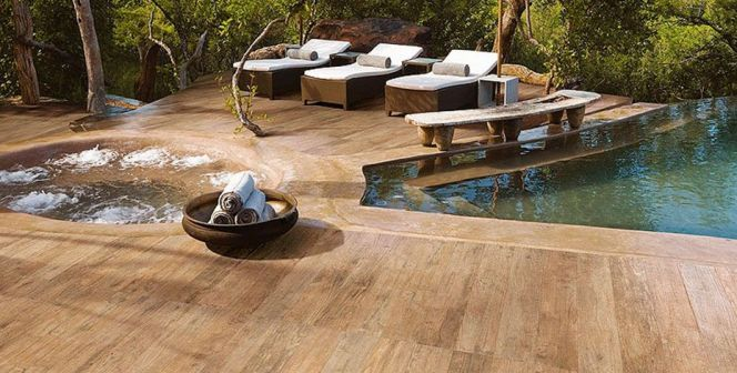 Best 25 carrelage imitation bois ideas on pinterest for Parquet pour terrasse exterieur