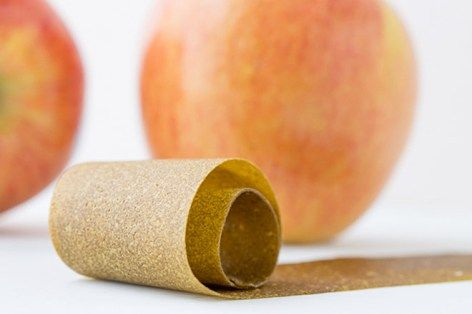 Apple and spinach fruit roll-ups are a perfect snack for the little ones | Mum's Grapevine