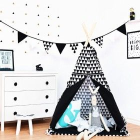 Teepee Black&White