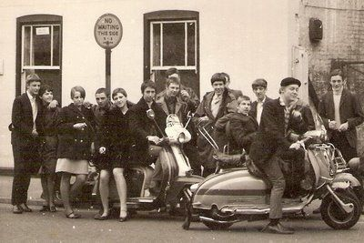 Mod Fashion is the British Mod style emerged from a desire among British youth to break away from the stiffness of the 50's and uncouth look of the teddy-boys, and to emulate the more stylish Italian, French and, latterly, American fashions.