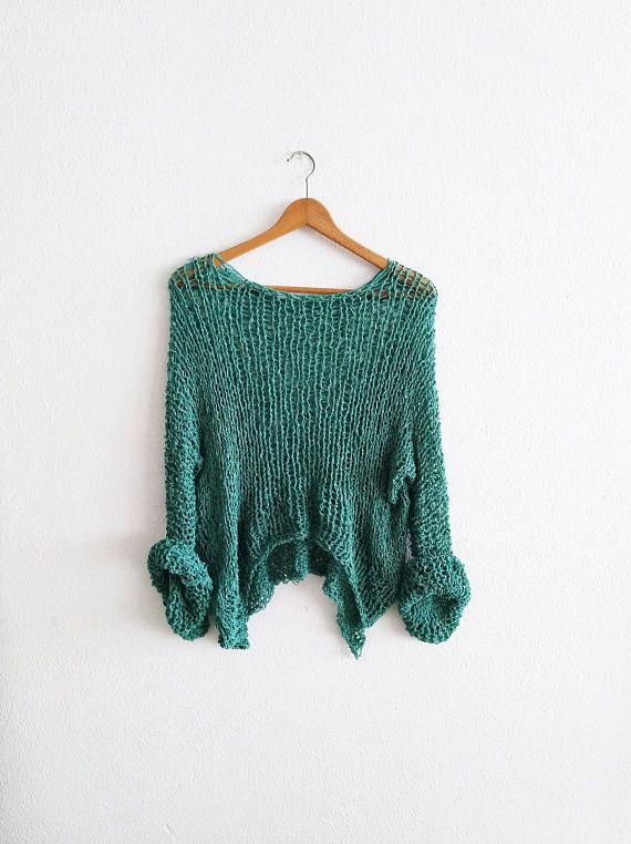 Mira este artículo en mi tienda de Etsy: https://www.etsy.com/es/listing/592410138/jersey-de-color-verde-para-mujer-suelto