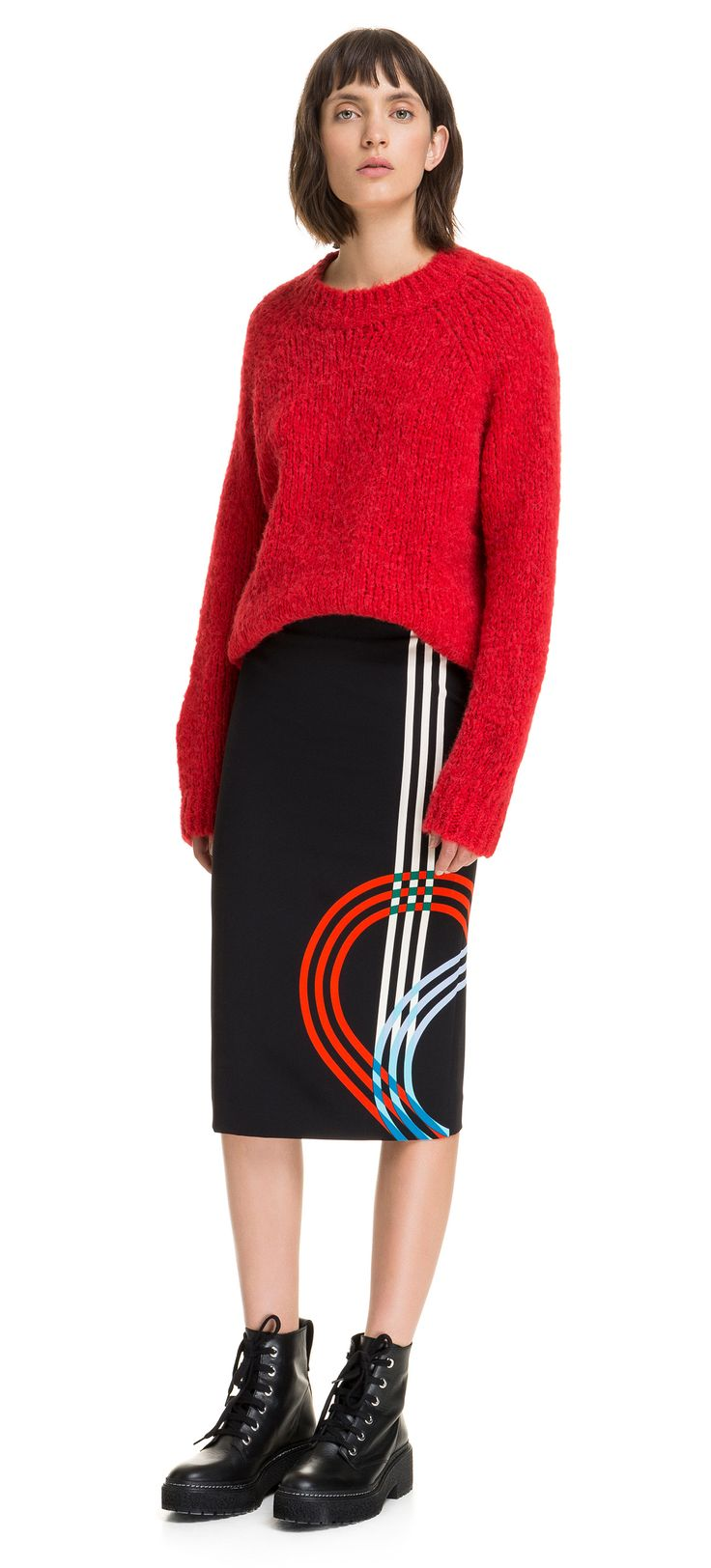 BIMBA Y LOLA pencil skirt with Circuit print against a black background. The design is inspired by F1 circuits and stands out due to its block of colour in blue, red and white.  Detail  Fitted High waist Rear zip fastener Midi length
