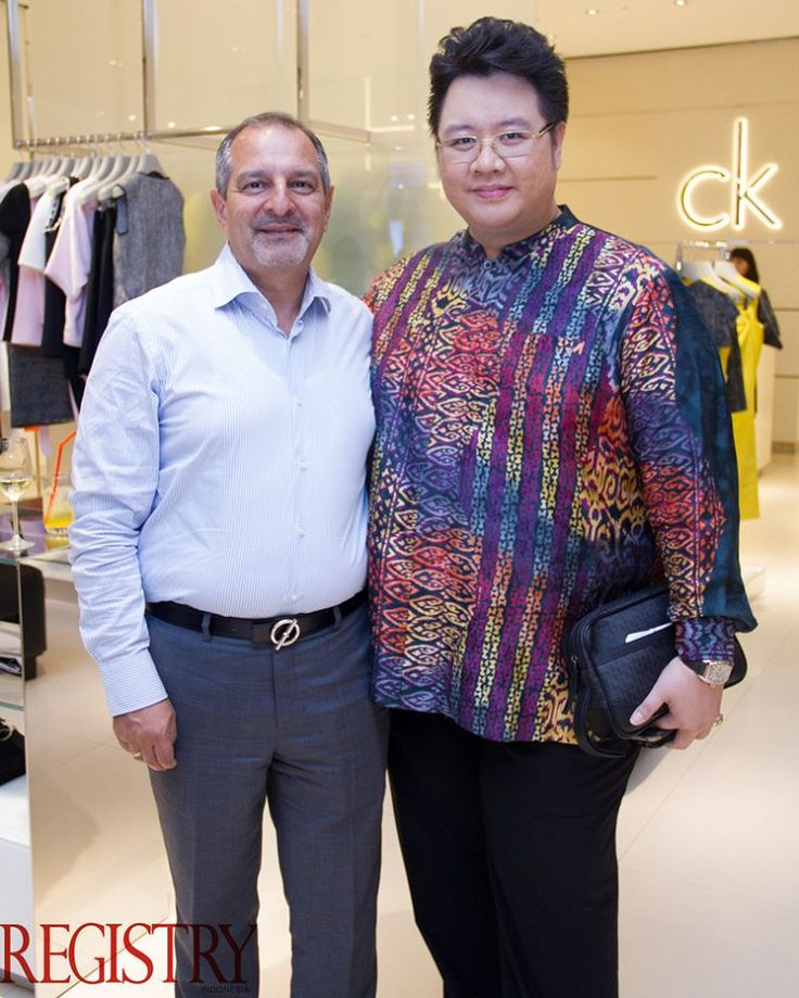 H.E Federico Salas & Mr. Daniel Jusuf at @CalvinKlein carried out a Calvin Klein Platinum X'mens Folio VIP Shopping Night @plazaindonesia #RegistryE #Event