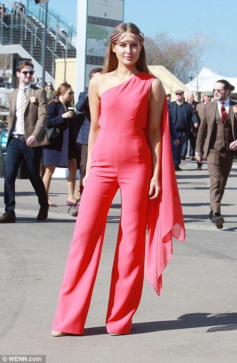 A lady upped the glamour in a flattering pink jumpsuit