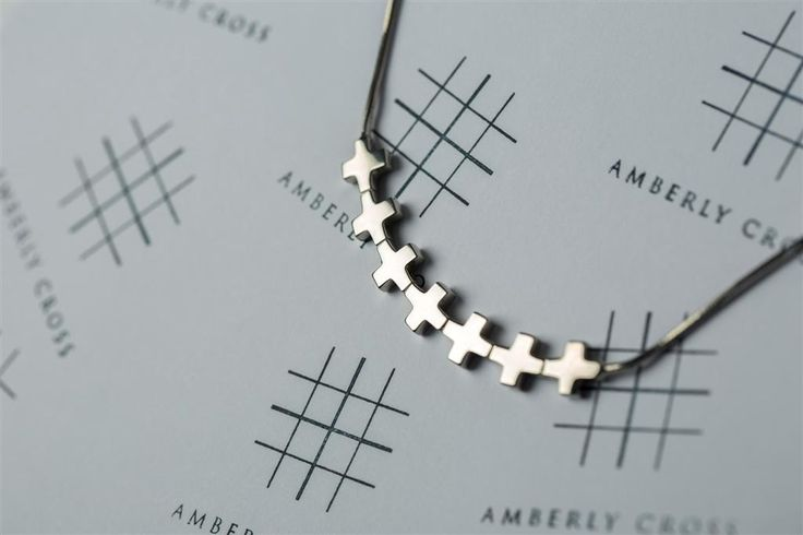 Palladium plated.925 Sterling Silver necklace, shiny. Request@valefyachts.com