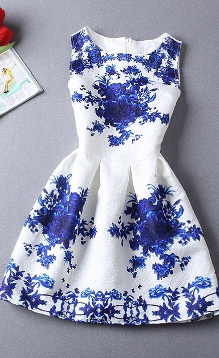 Blue and white porcelain sleeveless dress