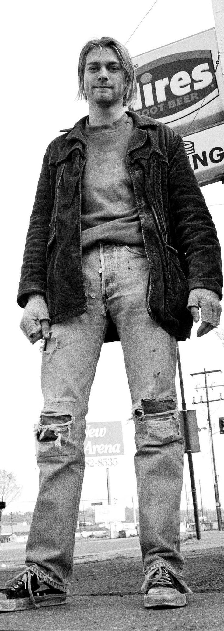 Kurt Cobain http://kurtrockstory.tumblr.com/post/75073046265