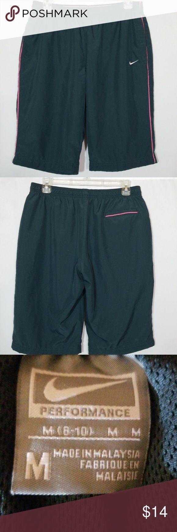 🌼Nike Shorts mit Taschen Size Medium Betty schöne graue Hemden mit rosa Streifen …   – My Posh Picks