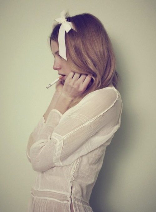 .: Cigarette, Fashion, Lolita, Girl, Style, Posts, Bows, Dree Hemingway