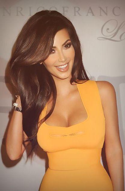 Kim Kardashian in Long, Chocolate Brown Hair I ♥this picture of Kim, she looks Beautiful