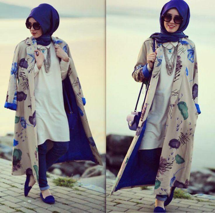 Hijab Fashion 2016/2017: #hijab  Hijab Fashion 2016/2017: Sélection de looks tendances spécial voilées Look Descreption #hijab