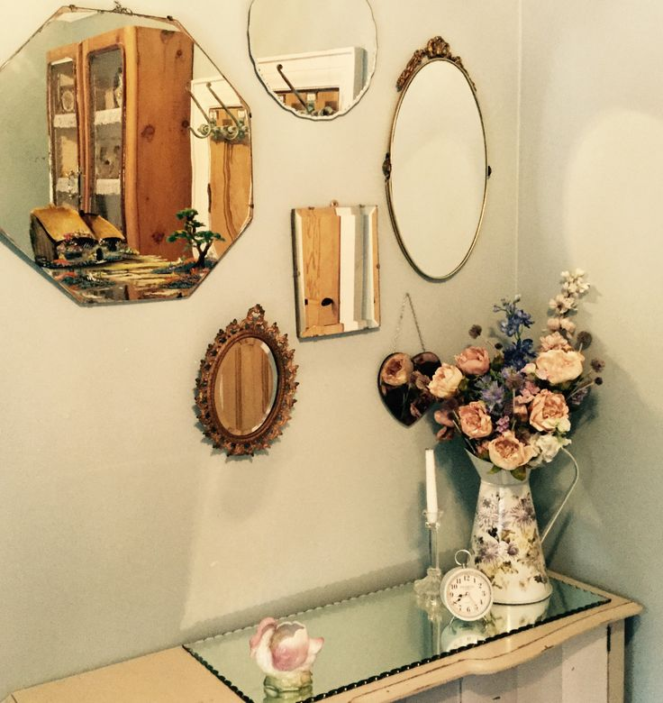 25 best ideas about vintage bathroom mirrors on