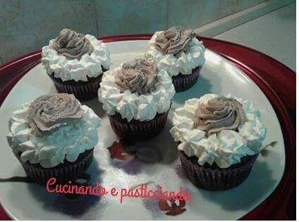 Cucinando e Pasticciando: Cupcake al cioccolato