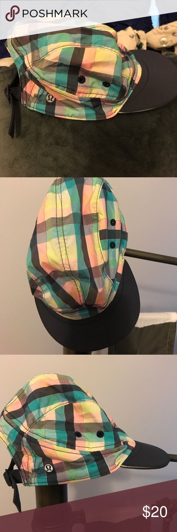 Just in🌺under armour  sun cap Pretty pink madras plaid cap with rigid navy brim in 100% washable polyester& 2 side vents -adjustable NWOT washed but not worn size 0/S Under Armour Accessories Hats
