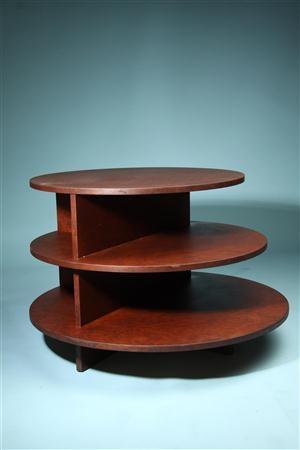 Occasional table Novocomum. Design Giuseppe Terragni, Italy 1930. Burr walnut. Price: $1917
