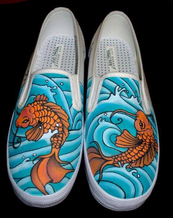 e746164bd76d 60 Creative Painted Vans Shoes Ideas