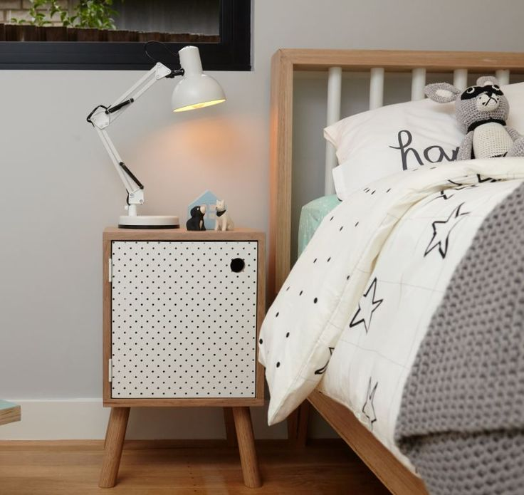 Every kid's bedroom needs a side table to hold books, toys and little treasures. Find out how! #bunnings #diy #bedroom