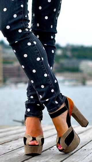 Polka-dot jeans. Block patterned heels.