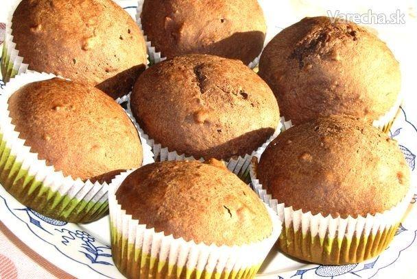 Zdravá pochúťka, rastlinný deň pre delenú stravu. Nešlo mi do hlavy ako upiecť jemné koláčiky bez vajec, tak som sa pre istotu inšpirovala u lucylee : http://varecha.pravda.sk/recepty/malinovo-limetove-muffiny/16031-recept.html . Vytvorila som si vlastnú verziu muffinkov bez vajec a kravského mlieka. A funguje to :-D , krásne narástli a chutili jednoducho super...