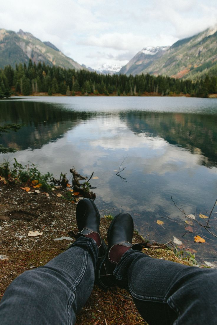 Fall exploring in Washington. #HowIRoam #ZapposStyle  In collaboration with Zappos and Blundstone USA.