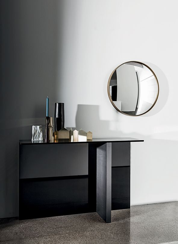 Regolo #console & Sail #mirror create an unique combination of minimalism and elegance for your living spaces Designed by Lievore Altherr Molina #interior #decor #inspiration #furniture #madeinitaly #archilovers #designlovers