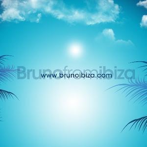 Beautiful set over on mixcloud - http://bit.ly/JRaIBT