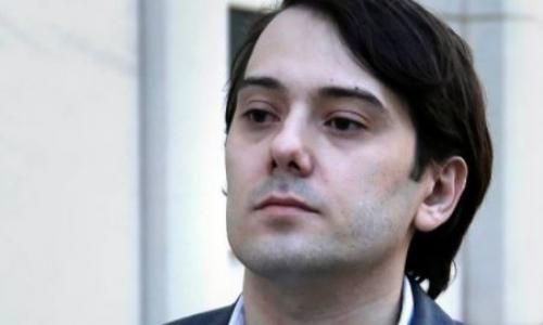 Prosecutors Ask Judge For Gag Order Against Martin Shkreli http://betiforexcom.livejournal.com/25956373.html  Federal prosecutors are seeking a gag order against former Pharmaceutical CEO Martin Shkreli, claiming that he risks tainting jurors' opinions by waging his own publicity campaign independent of the advice of his defense counsel, according to Fox News.Prosecutors filed a motion Monday asking that Shkreli and all attorneys in his criminal case be ordered to refrain from making…