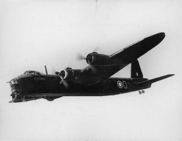 Short Stirling W7459 'O' of No. 1651 HCU (Heavy Conversion Unit) in flight, 1942.