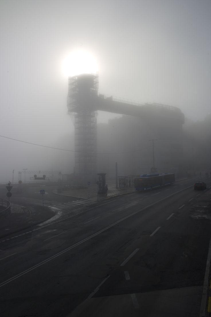 Katarinahissen, Slussen in the morning a foggy day.