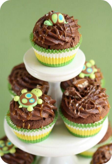 "So Cute!! ""Turtle"" cupcakes: Cute Cupcakes, Cupcakes Ideas, Chocolate Cupcakes, Cupcakes Tiered, Baby Shower Ideas, Turtle Cupcakes, Cupcakes Toppers, Turtles Cupcakes Very, Chocolates Cupcakes"
